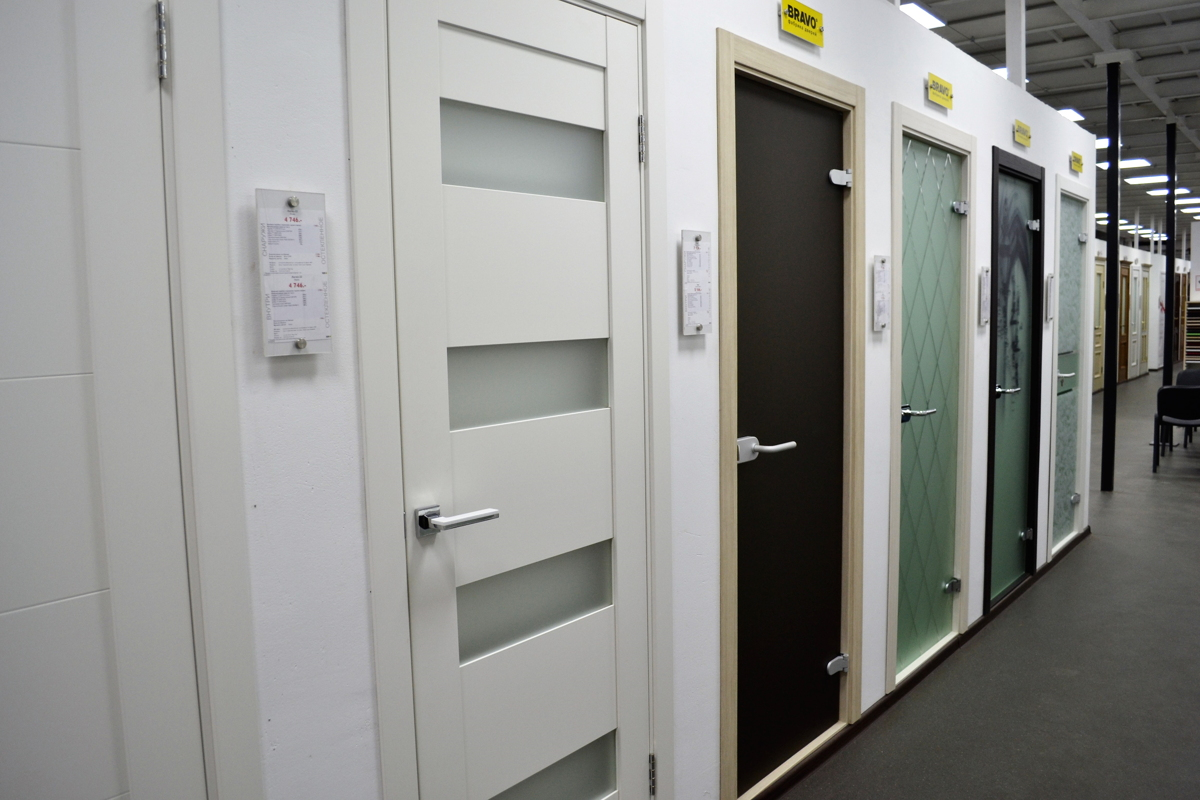 купить двери в класс