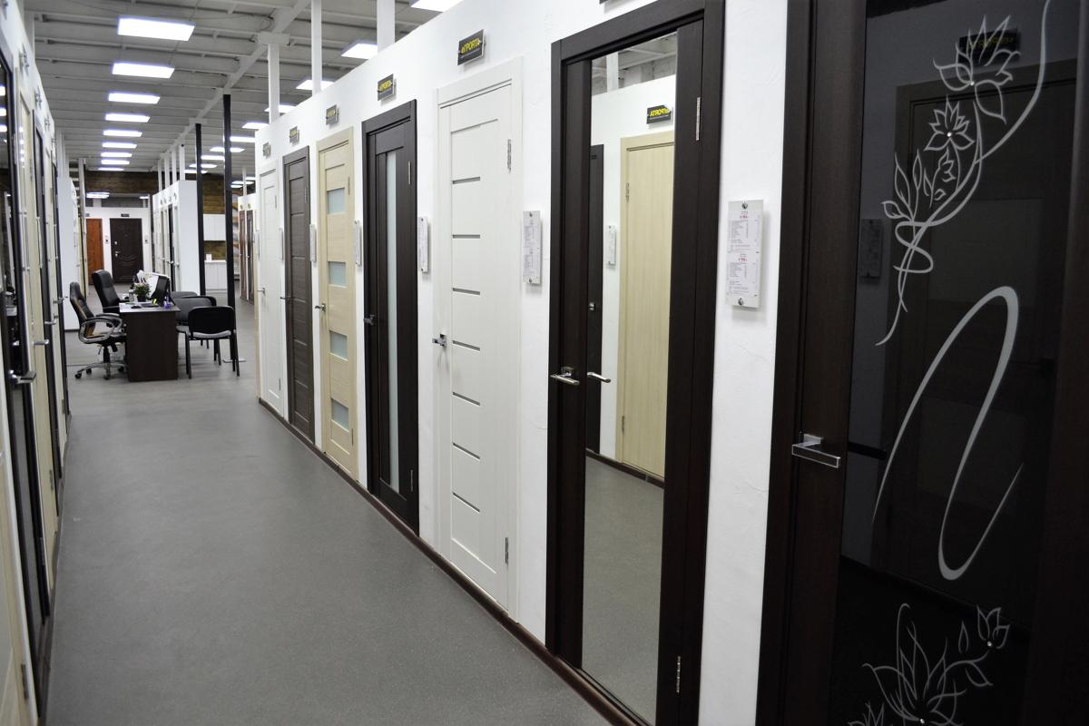 Большие магазины дверей в москве