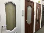 Межкомнатные двери: ПВХ или Экошпон?